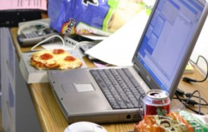 Is it OK to eat hot food at your desk?